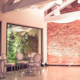 Loft in stile New York con giardino a Milano